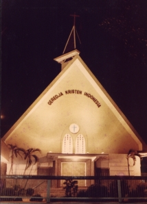 Tahun 1957, Tiong Hoa Kie Tok Kauw Hwee Semarang berubah nama menjadi GKI Karangsaru